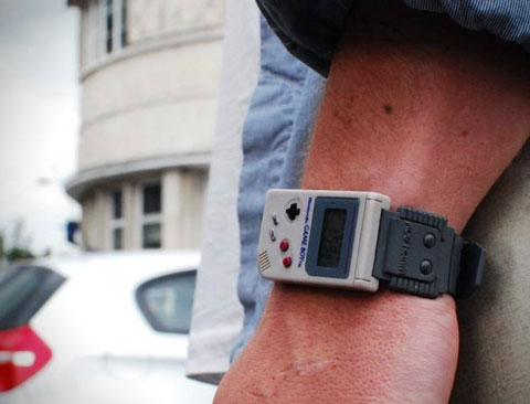 Geek – Une montre Nintendo Game Boy
